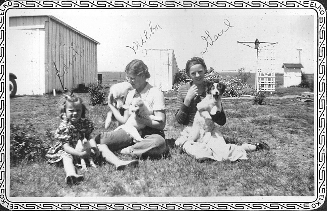 1938 kansas girls with pets