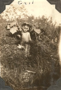 Here's an oldie. Mom must have been just 2 or 3 years old here.