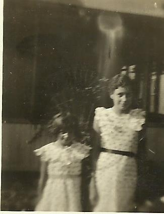 It turns out that my sister, Karen, had an additional photo of Edna Mae and Dorothy Rose Laird. Here it is.