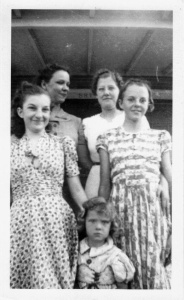 1938_pauline_bolte_melba_mcghee_twila_yeager_carol_and_gail_mcgheel