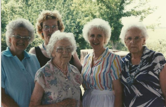gail and mcghee cousins aunts