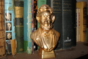 Lincoln biographies on bookshelf