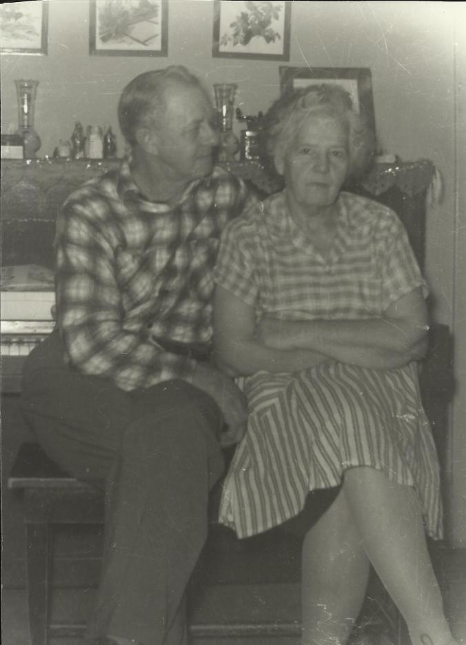 Clarence_and_Ruth_McGhee