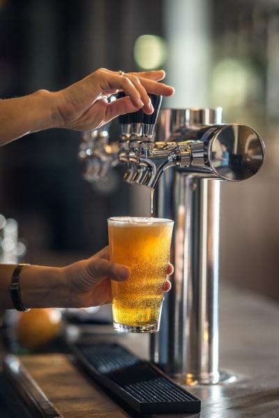 beer bar pixabay
