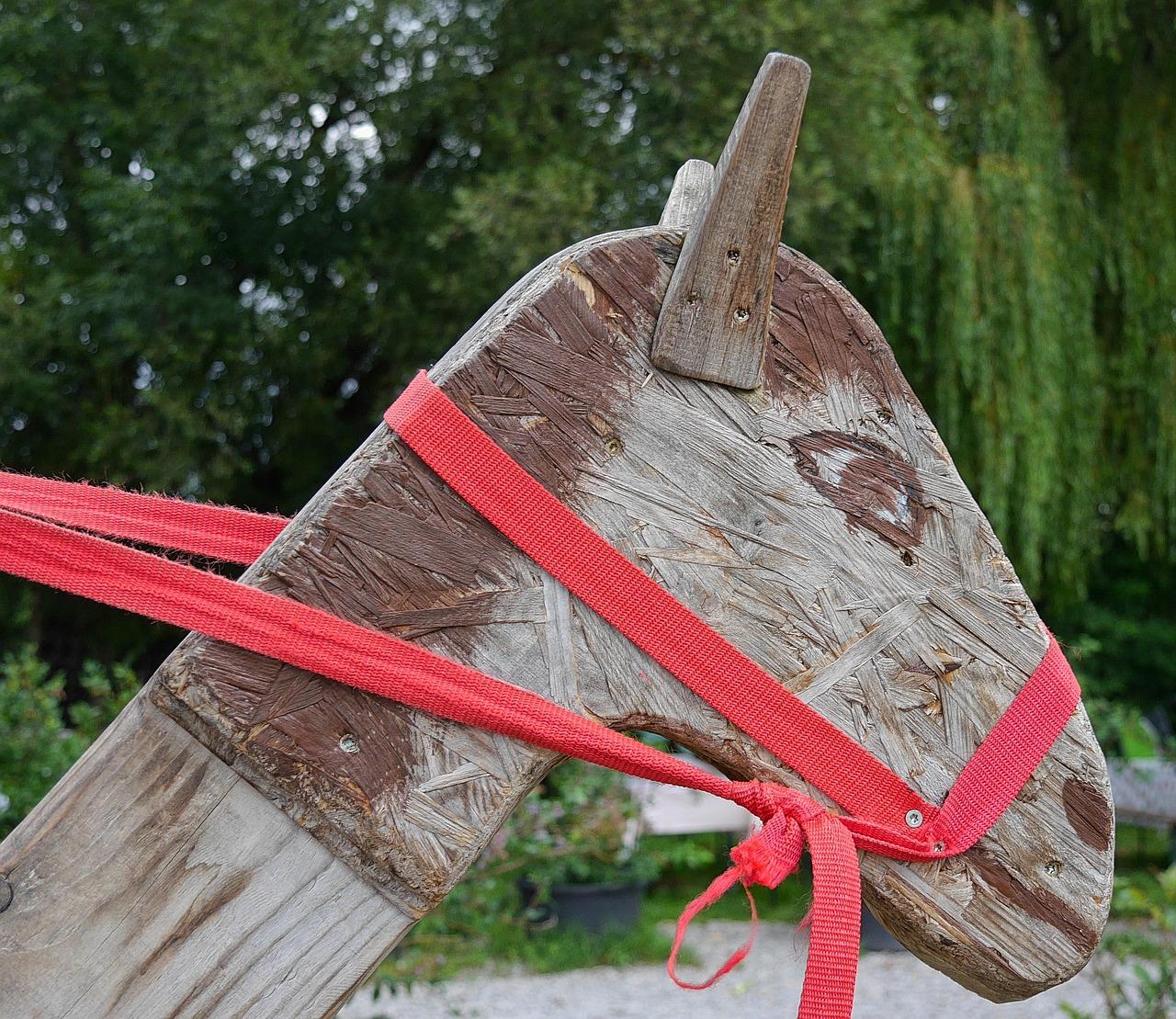 stick horse pixabay