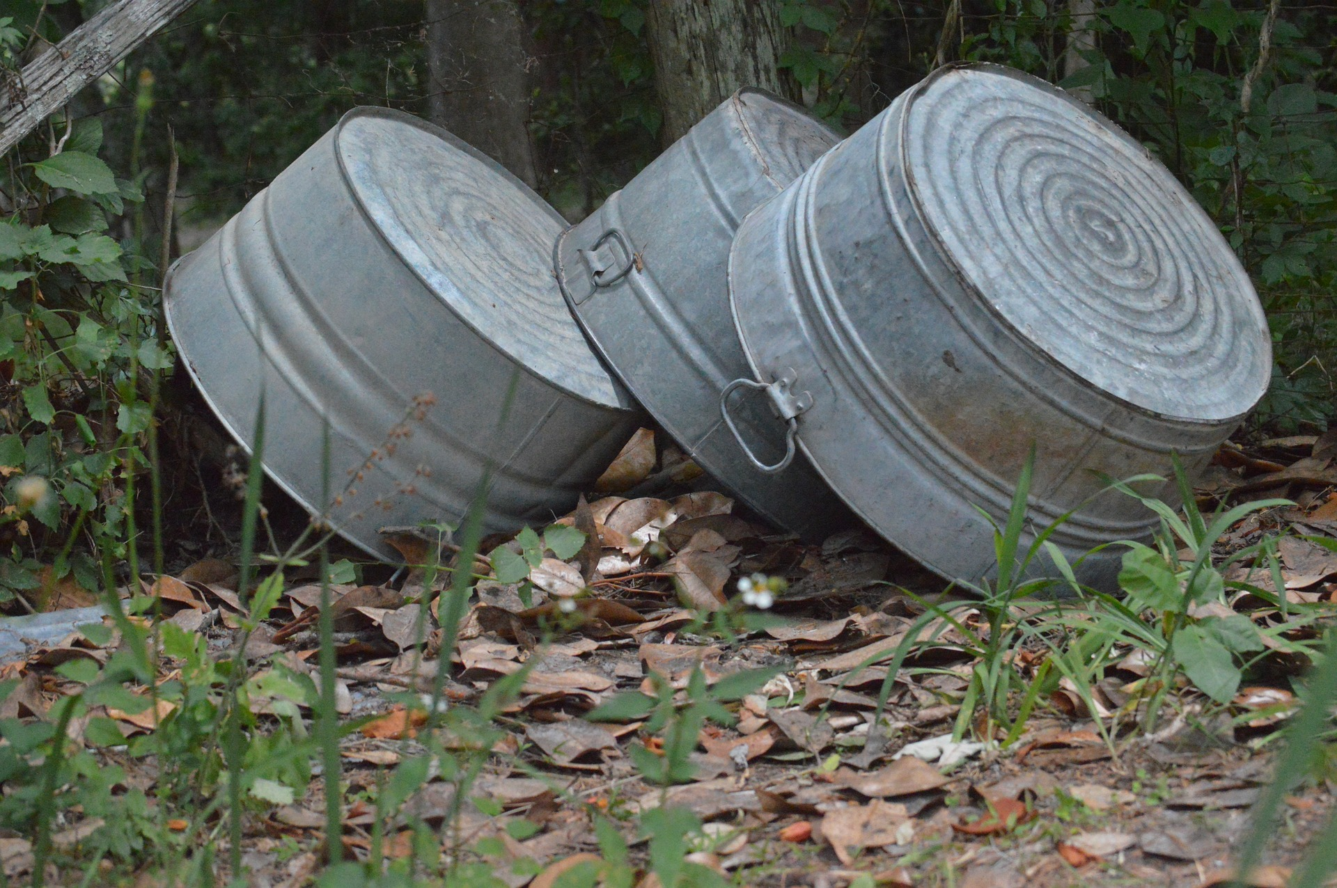 old-fashioned laundry tubs - photo from pixabay