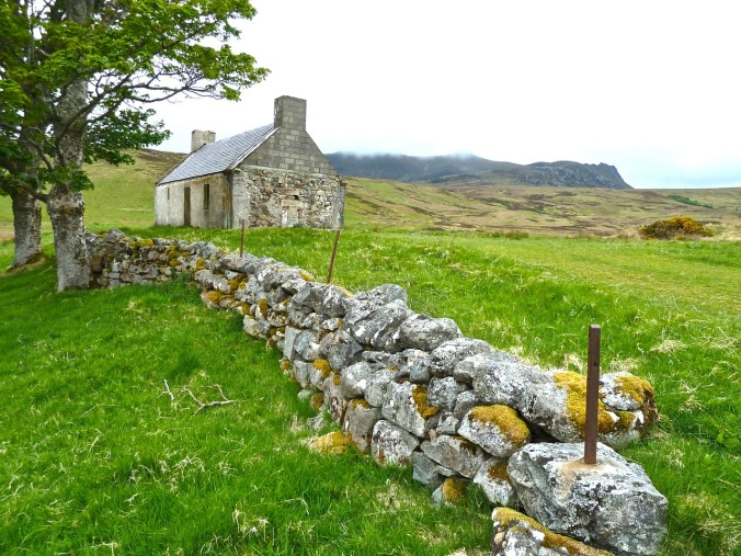 farmhouse-irish cottage pixabay